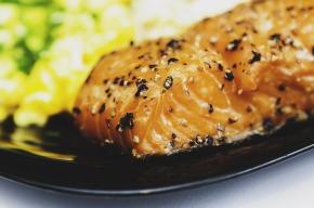 salmon-932915_960_720